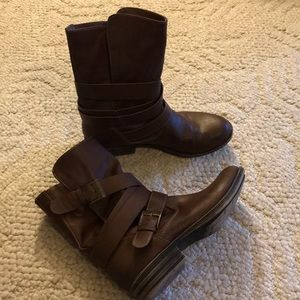 EUC American Rag Aracale Boots